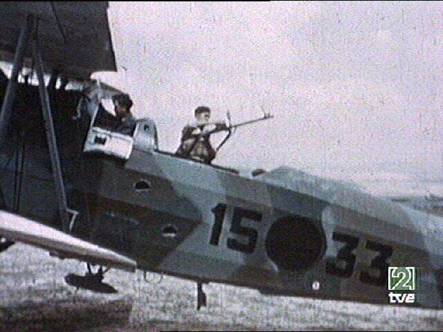 la légion condor et aviation italienne CONDOR+COLOR+2+HE-45+15-33