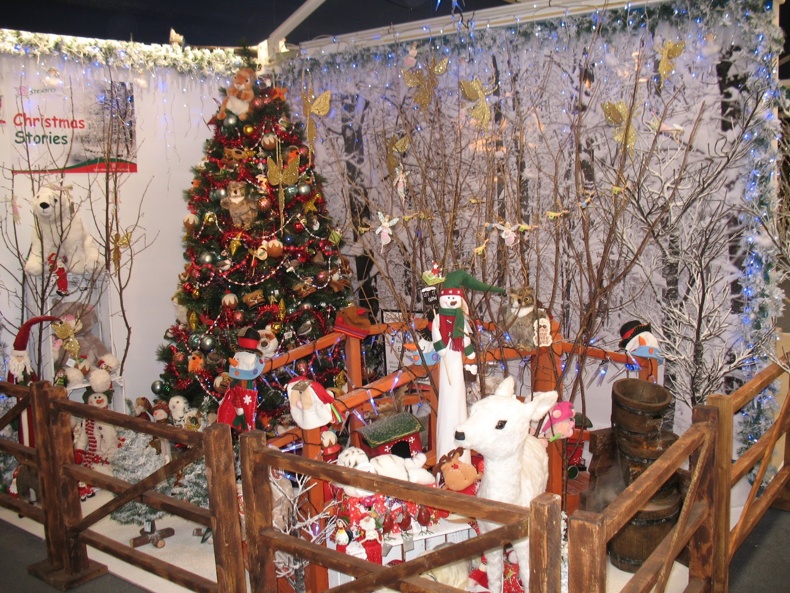 Stewarts garden centres christmas departments are now open for Home ideas centre christchurch