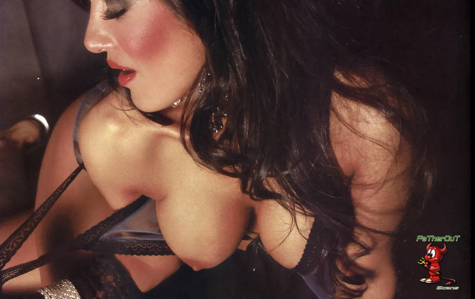 http://2.bp.blogspot.com/_2DrwKI9DpLs/TRqVsXNCxLI/AAAAAAAAAr8/6irb8R4_R20/s1600/88254_Silvina-Escudero-02L2-Playboy-jun-2009_123_134lo.jpg