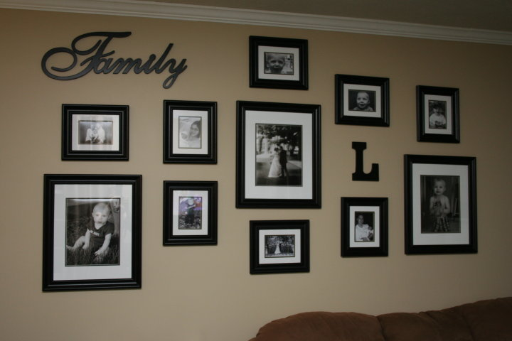 Decorating tips needed cafemom - How to decorate a living room wall ...