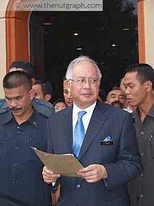 http://2.bp.blogspot.com/_2F9nTcAJr7c/SiQFS7Xkk8I/AAAAAAAAFpg/O9M7KW0z7GQ/s1600/FEATURE_PM_NajibRazak.jpg