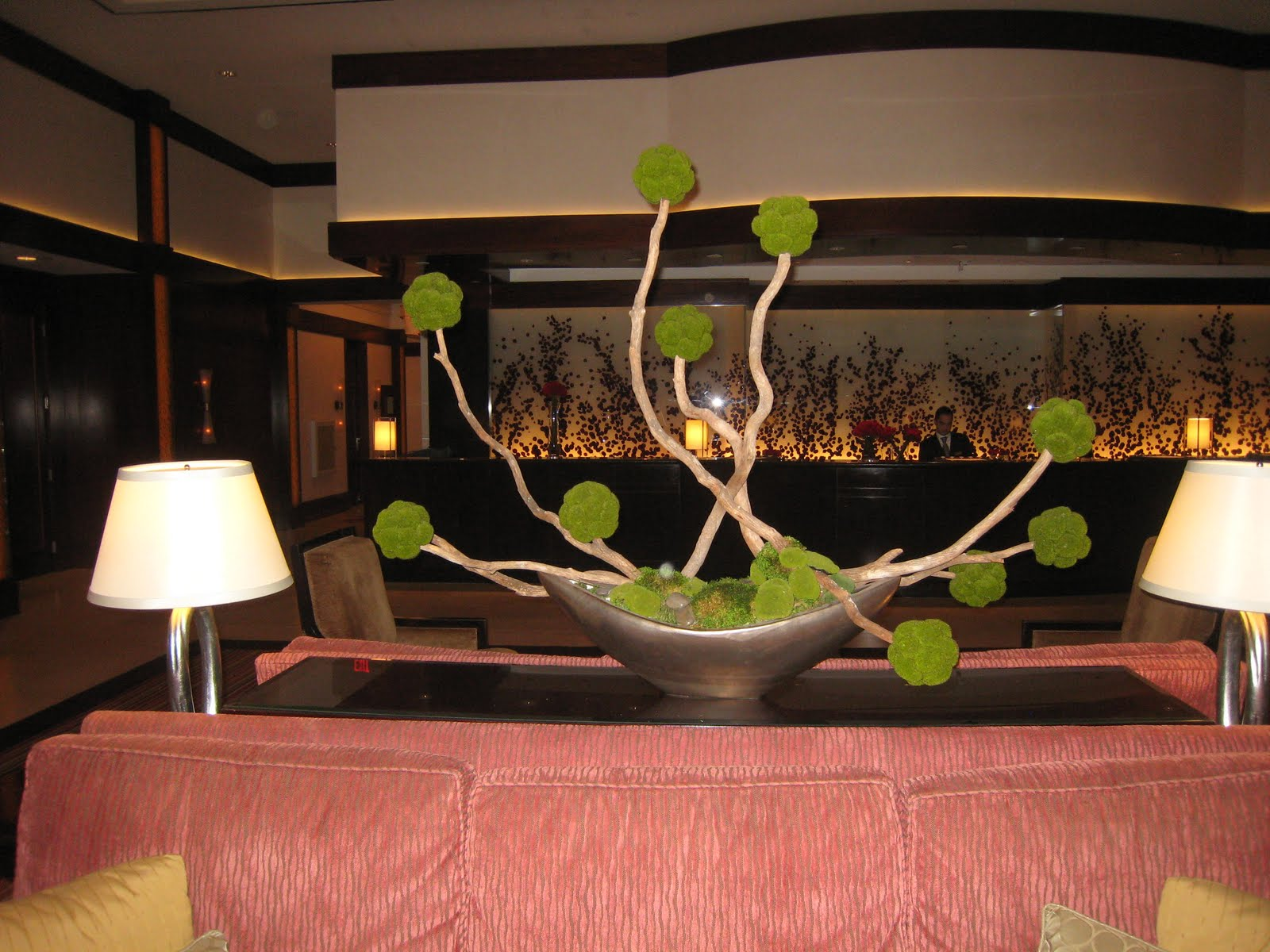 Modern hotel lobby centerpieces fearon may events for Modern centerpieces