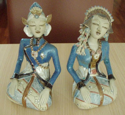 Java wedding couples Ceramic