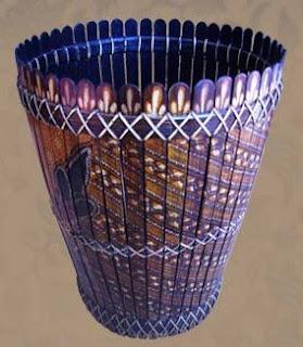Place pencil model batik