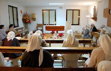 La Comunidad orando