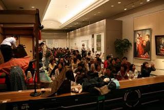 満員の公演会場(文化財展示室特設会場)