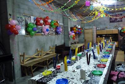 La sede cuadrilla de ballobar fiesta hippie en honor a - Decoracion hippie ...