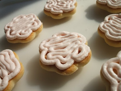 Daisy Lane Cakes: Cookie Carnival: Pink Grapefruit Sandwich Cookies