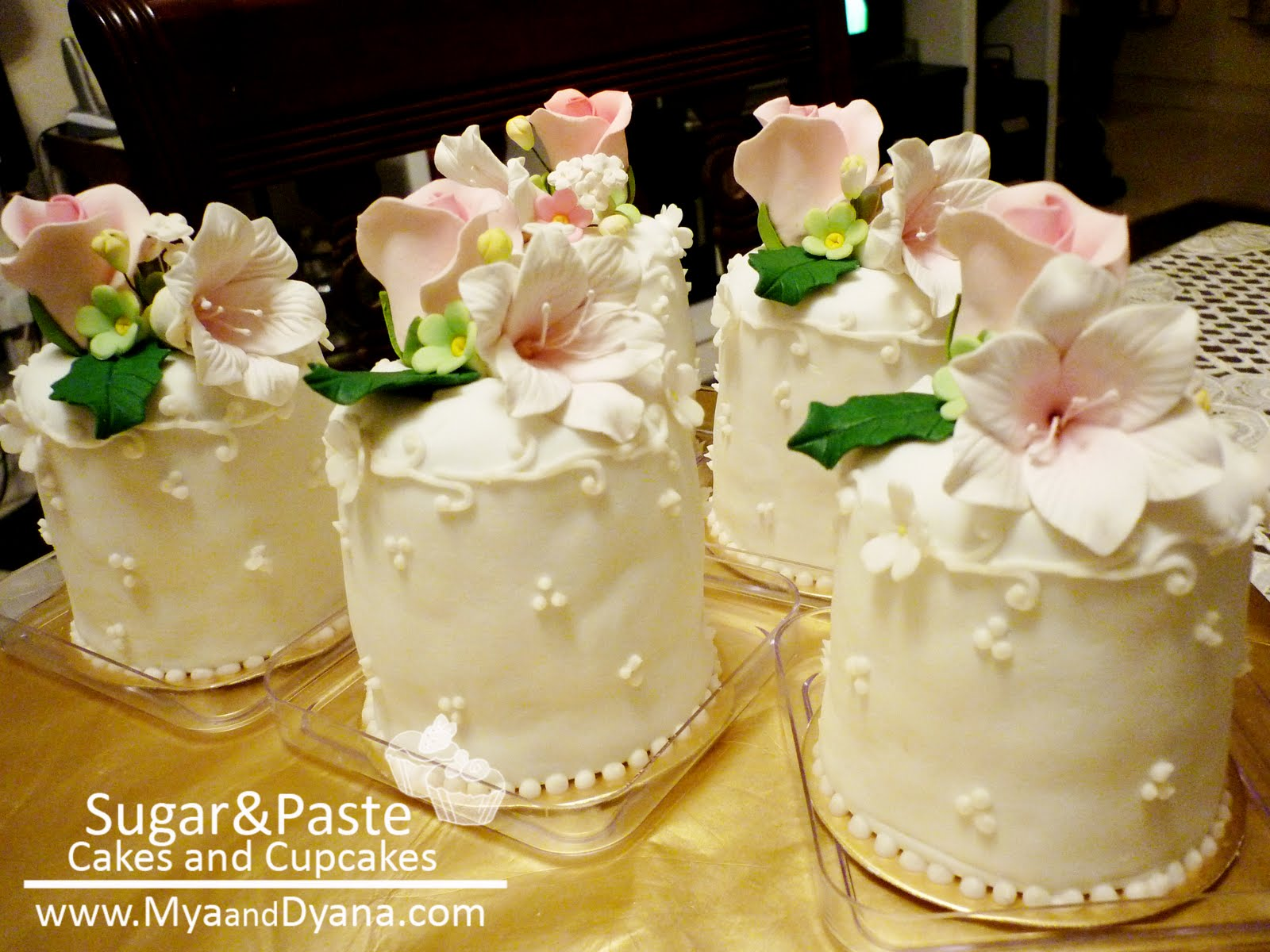 Sugar&Paste Cakes and Cupcakes: Mini Cake : Pink Fairies Version