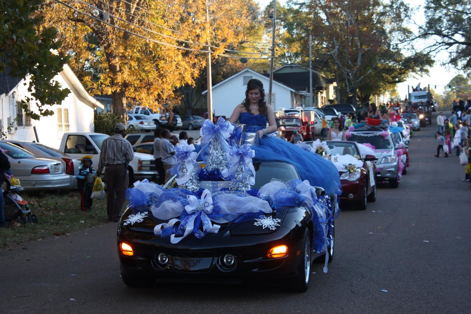 Christmas parade ideas - Tuesday December 7 2010