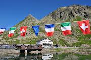 Italie, Suisse, France, Col du grand .