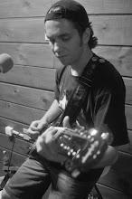 Joni - Guitarra