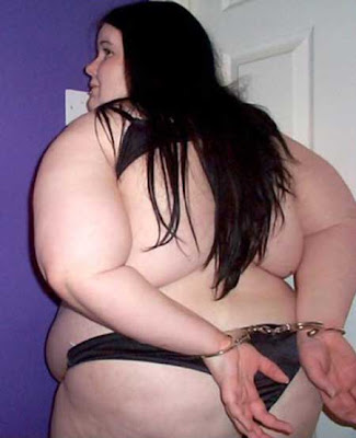 Fat Emo Girls http://takaramo.seesaa.net/article/139479883.html
