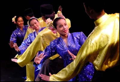 The Joget is the most popular traditional dance throughout Malaysia.