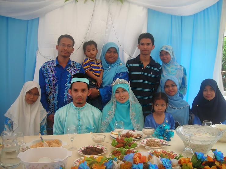 Familyku & Pengantin Fadzlina&Zamir
