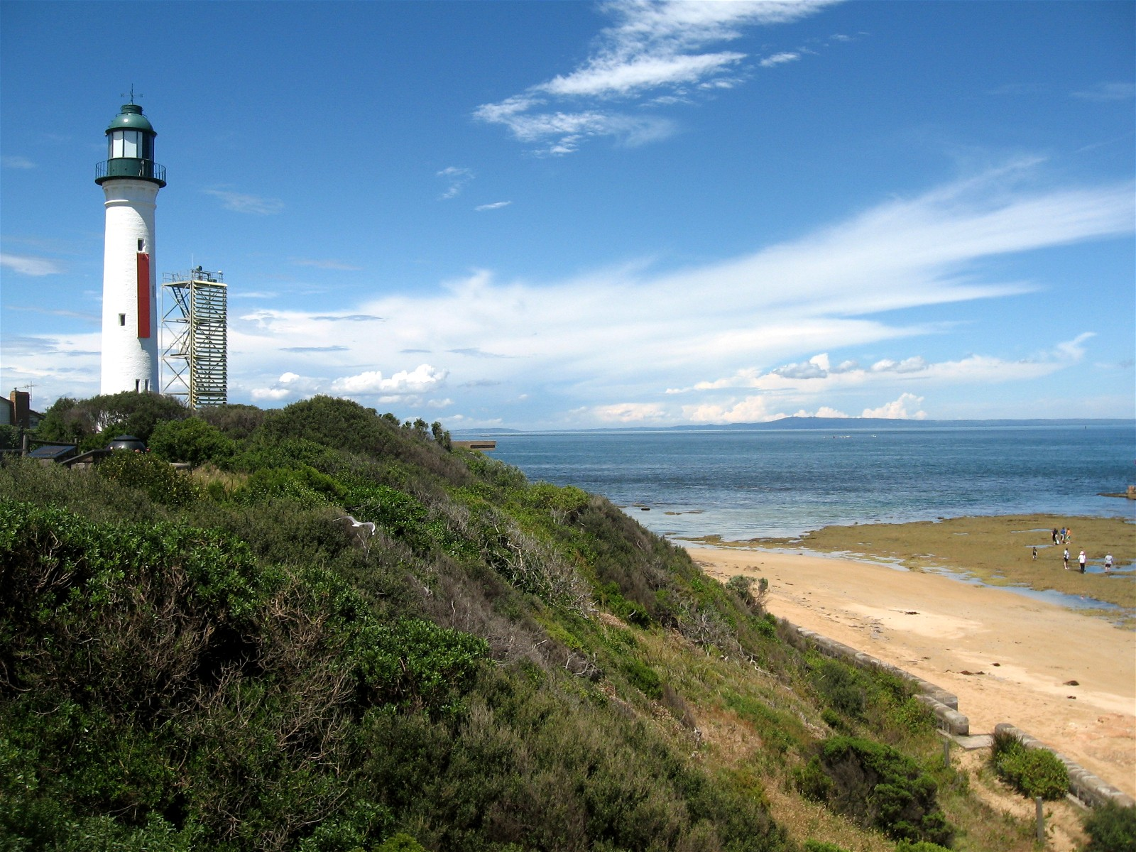how to get to queenscliff from melbourne