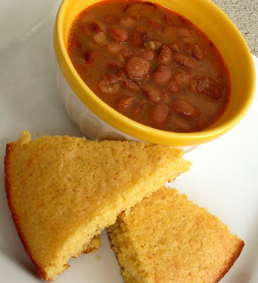 Liesl's Confection Dissection: Slow Cooker Pinto Beans and Cornbread