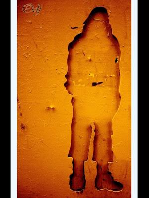 Bordeaux - Street Painting - Personnage de Feu en Bas de la Rue de la grosse cloche