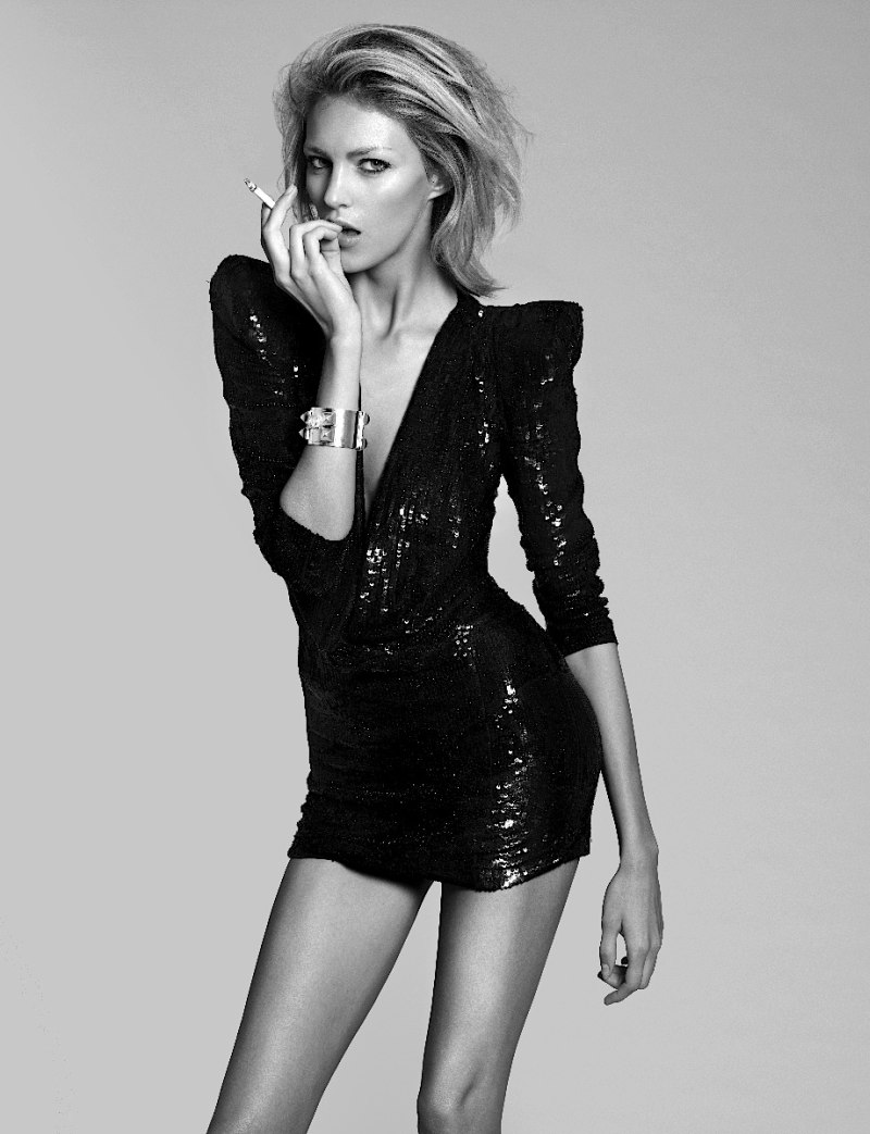 Anja Rubik In 25 Magazine