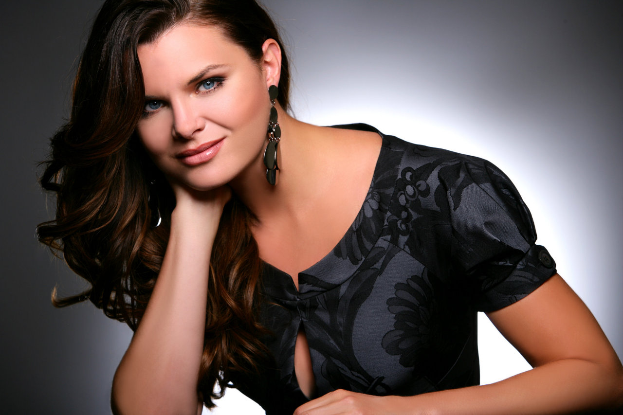 Heather Tom latest images gallery