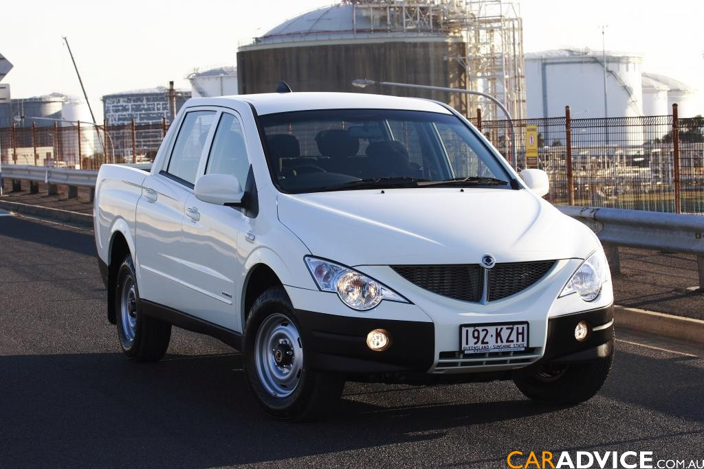 Ssangyong Galery Car