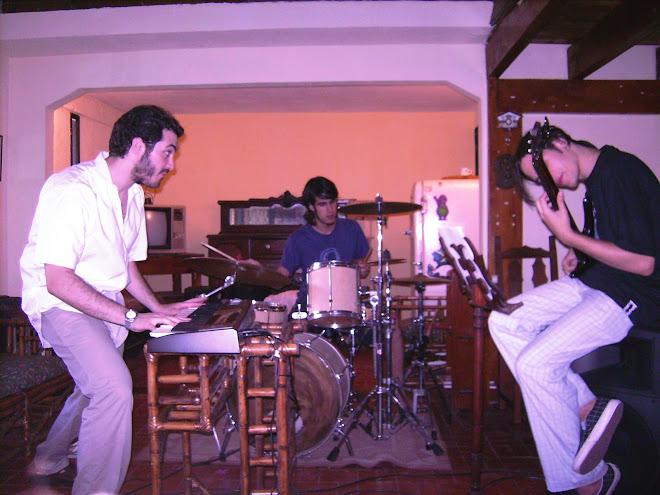 S.O.S. ensayando - Febrero 2008