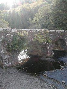 Glenbeigh, Rossbeigh, et huet alles eppes matt der River Beigh ze din. Eng wonnerschein kleng Baach