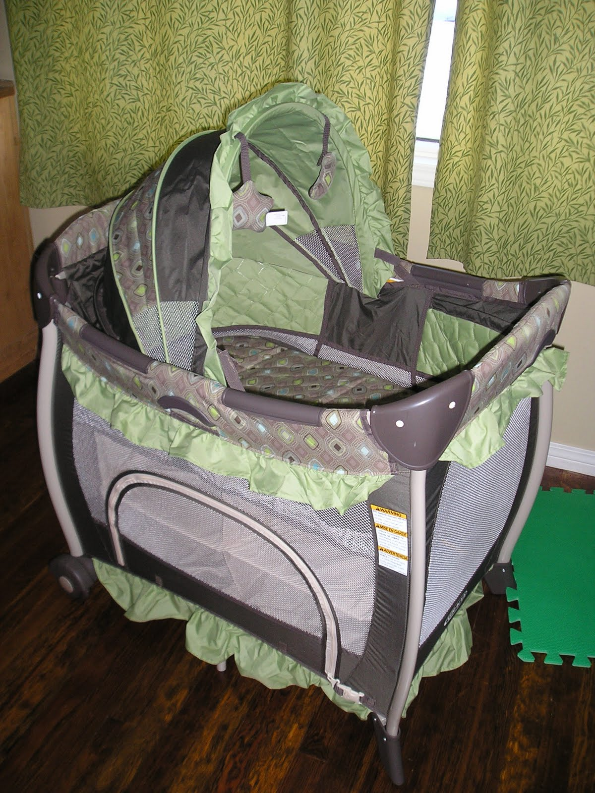 from one momma to another graco bedroom bassinet review