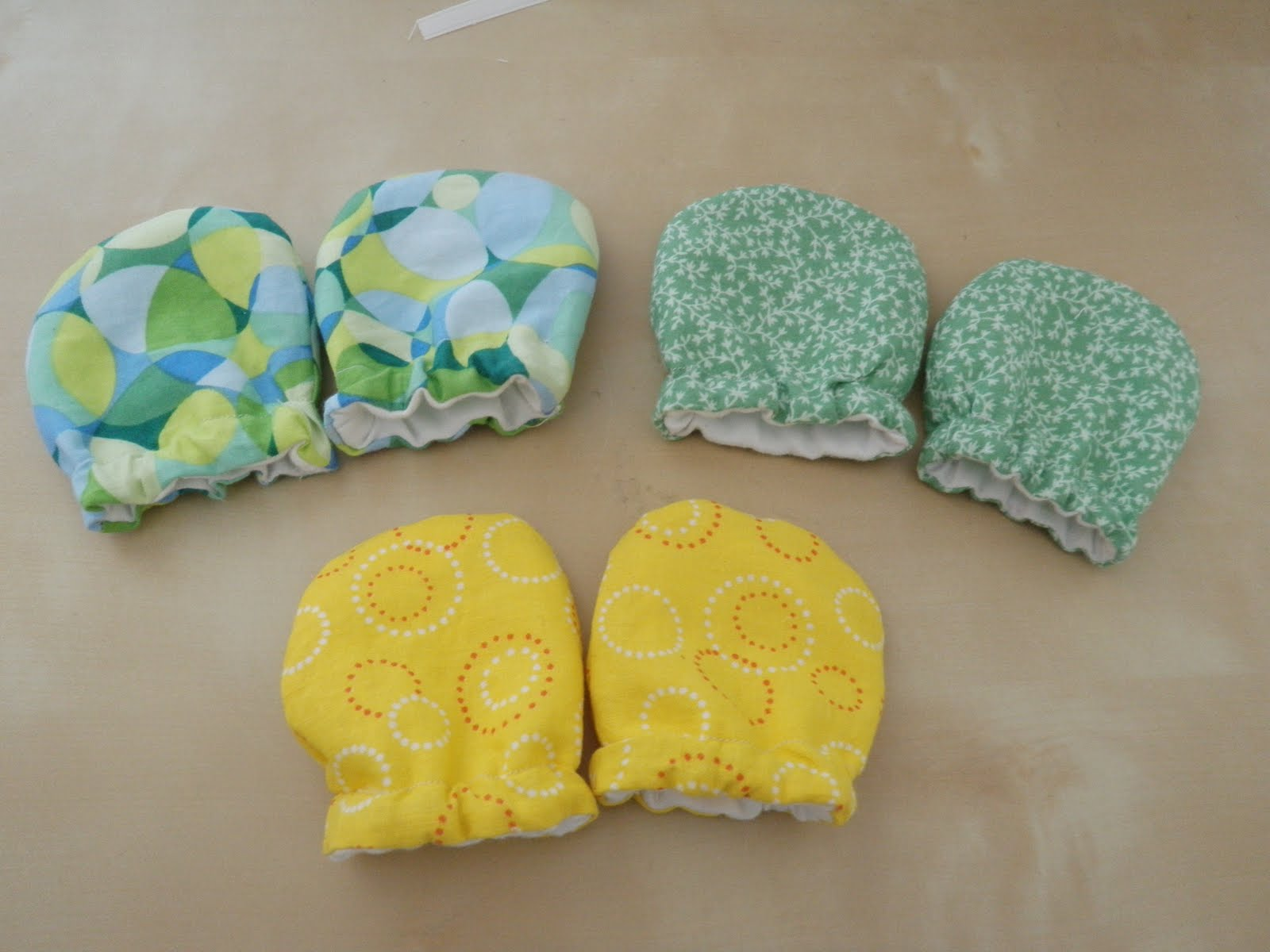 Diy baby scratch mittens jeuxipadfo Image collections