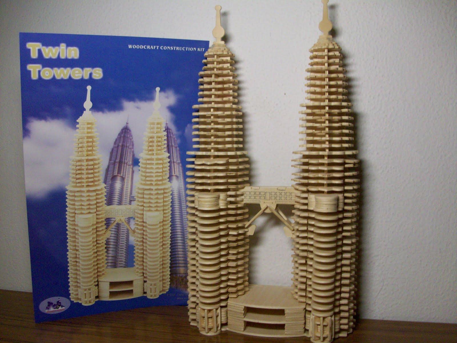 http://2.bp.blogspot.com/_2UZyfL5ztuw/S-kZknEoCoI/AAAAAAAAAHg/QnvkOzyWkuA/s1600/Torres%20Petronas%20001.jpg