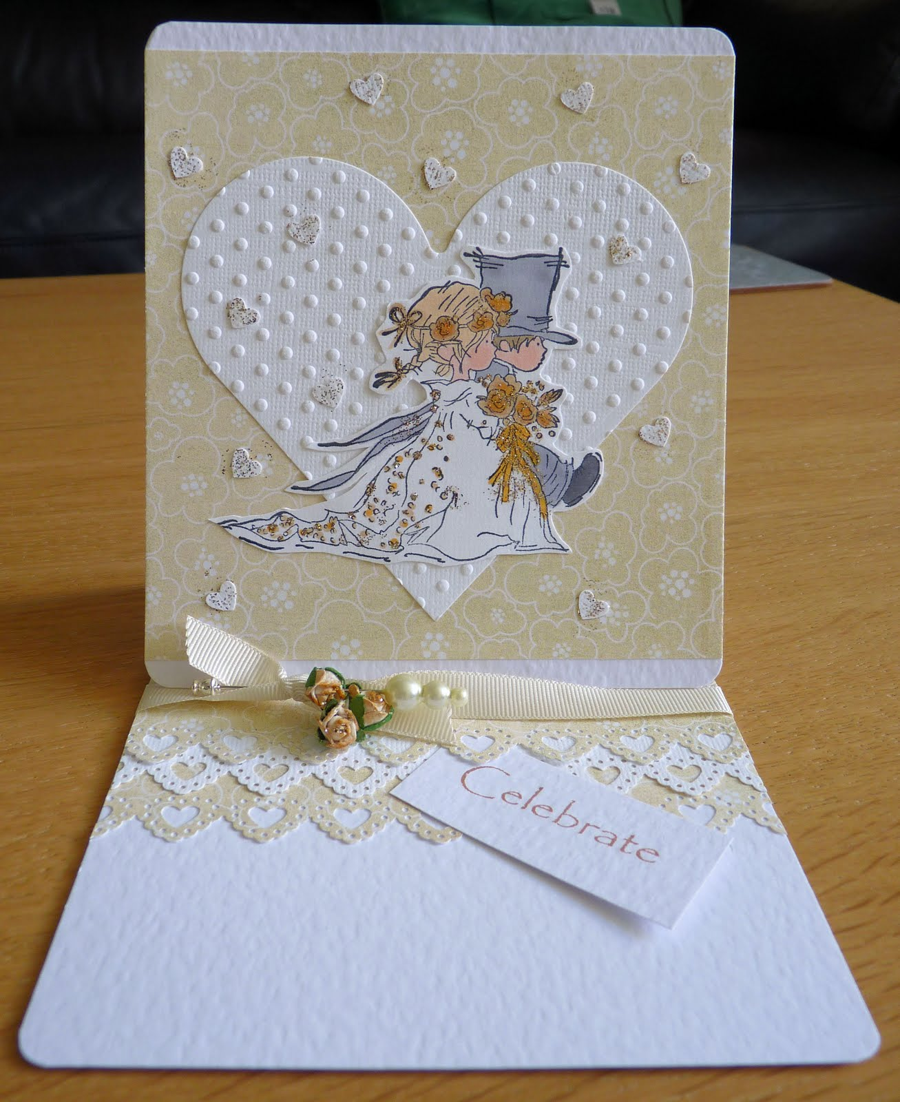 wedding_card_cream&gold.jpg