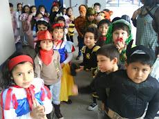 Kinder A, preparándose para compartir el Día del niño con nuestros vecinos...