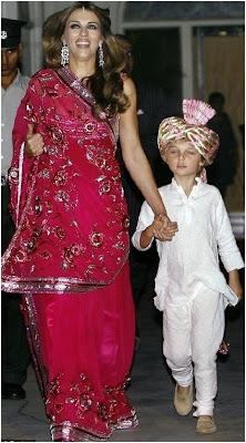 Elizabeth Hurley in Sari Dresses Pictures