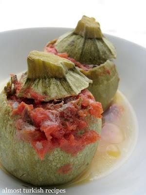 s one of my favorite summer time dolma dishes Stuffed Zucchinis with Ground Meat (Etli Kabak Dolması)