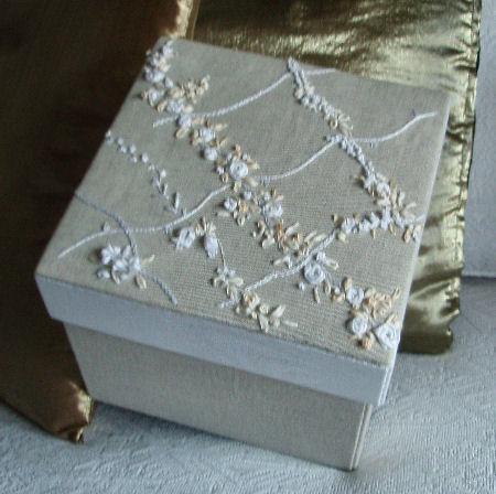 Creare per Hobby: Scatola rivestita in lino