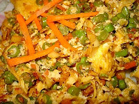 OMELET WITH LONG BEANS AND CARROTS