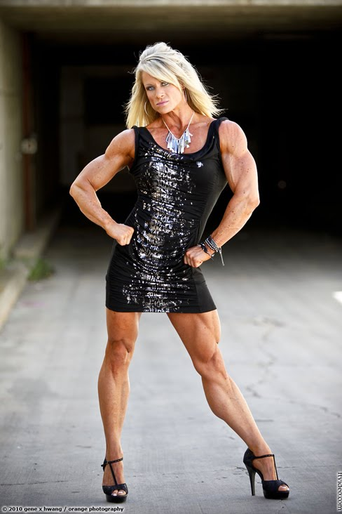 Spain female bodybuilders images with hug muscles body building