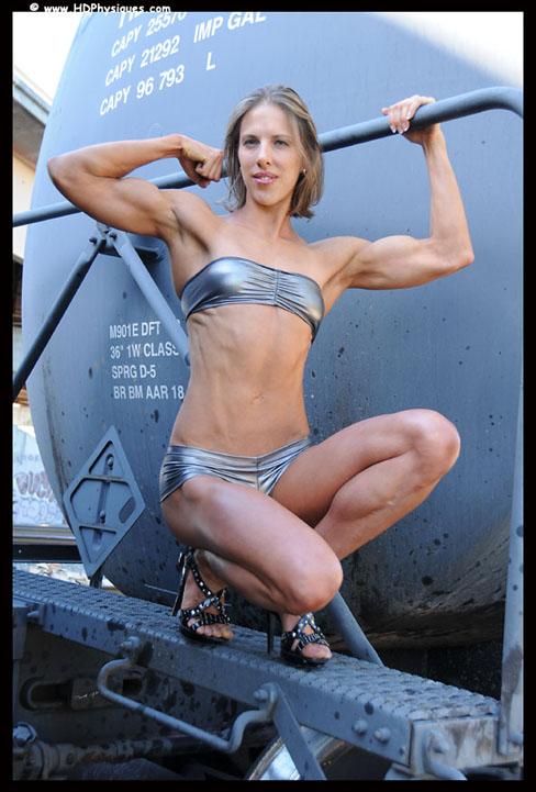 MuscleBaseBody: Malaysia Female Bodybuilders