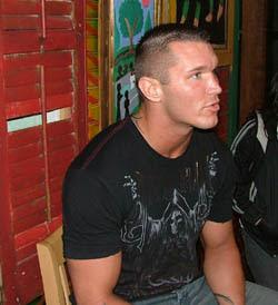 http://2.bp.blogspot.com/_2b4ejYCe5mE/STCEfe22AjI/AAAAAAAAFLI/nIRVe1gZkfI/s400/Randy+Orton.jpg