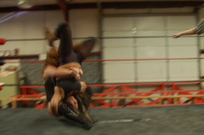 Womens Wrestling -- Submission Holds - video dailymotion