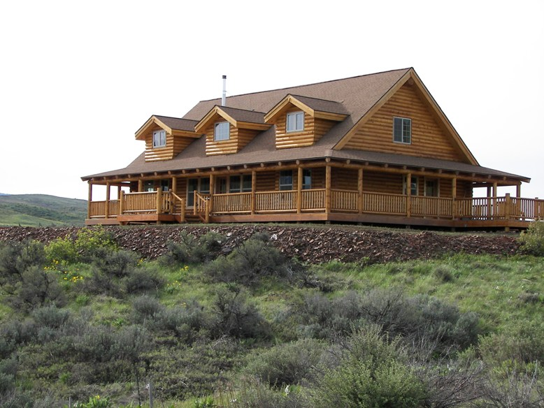 Avalon log homes avalon log homes plan of the month for Log ranch homes