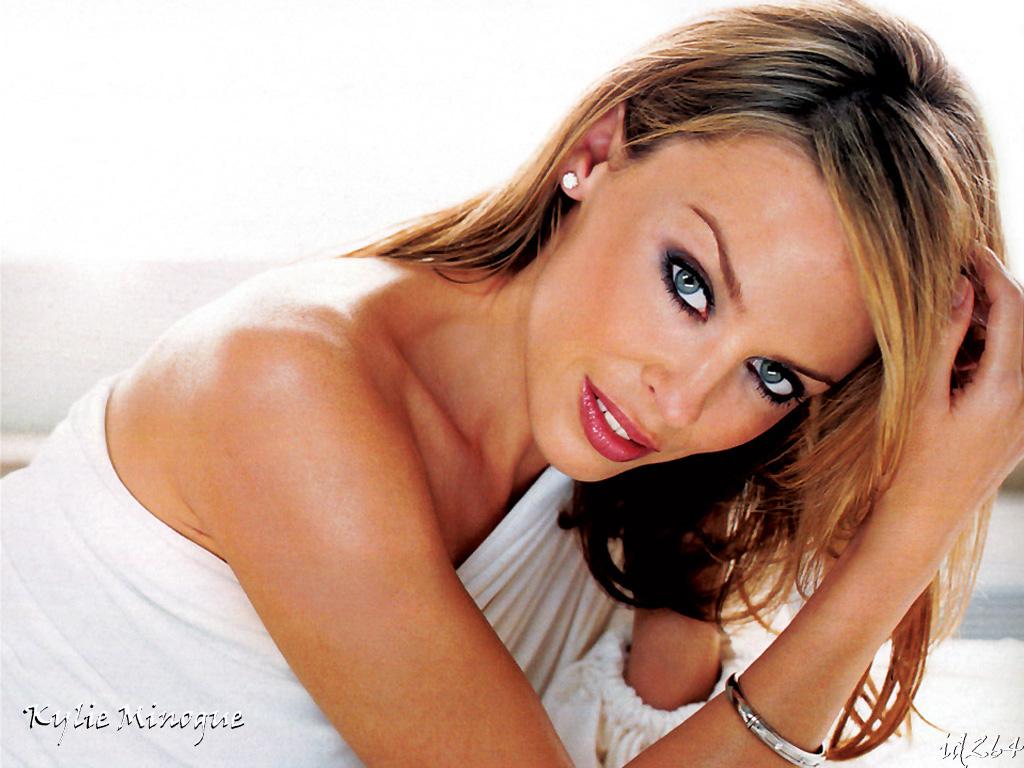 http://2.bp.blogspot.com/_2fj5XIkLoyc/TFwI7bTuVzI/AAAAAAAAAwM/dt5fSrikKR0/s1600/Kylie-Minogue-5.jpg