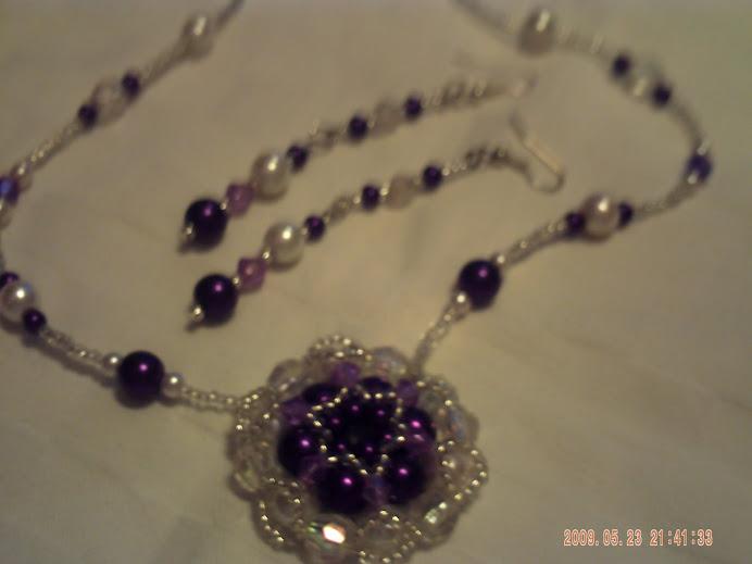 Lila-ezüst medálos garnitúra