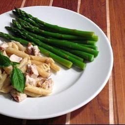 Gorgonzola-Walnut Penne With Grilled Chicken