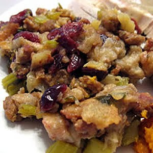 ... jpeg 30kB, Food Corner: Awesome Sausage, Apple and Cranberry Stuffing