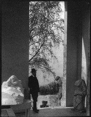 Auguste Rodin - Page 2 Rilke+in+Meudon