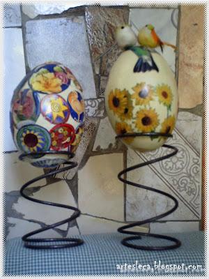 Ovos de Ema com colagens de figuras