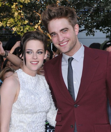 robert pattinson and kristen stewart twilight premiere. makeup Robert Pattinson