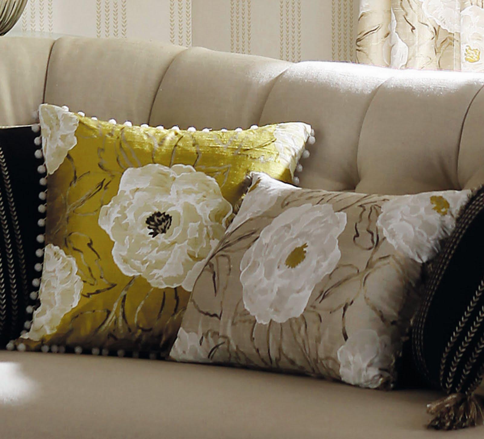 http://2.bp.blogspot.com/_2l6usBCwqa8/S7xJp4KgbTI/AAAAAAAAAMI/Xz9hIvj7nko/s1600/Interiors+Trends+-+Rosella+Silk+by+Harlequin.jpg