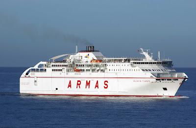 Yeyo cruisers la naviera armas reforzar servicio para el for Horario oficina naviera armas las palmas